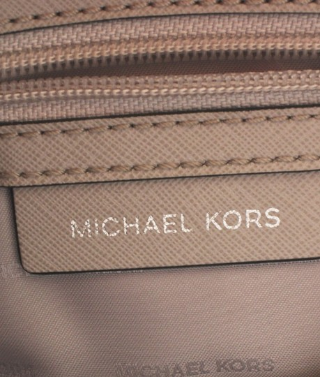 Michael Kors Leather Silver-tone Adult Tote in White Image 9