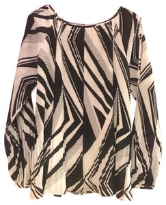 Chico's Top Black & White