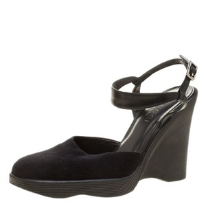 5211f059a45d Women s Black Gucci Shoes - Up to 90% off at Tradesy