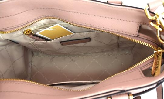 Michael Kors Satchel in pink fawn Image 1