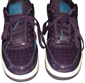 Nike deep purple with teal accents Athletic