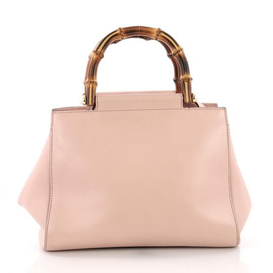 Gucci Satchel Leather Tote in pink Image 2