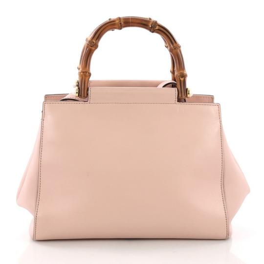 Gucci Satchel Leather Tote in pink Image 4