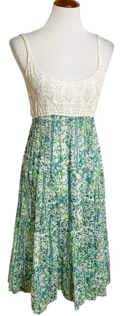 Preload https://img-static.tradesy.com/item/24729656/free-people-green-crochet-and-linen-tissue-mid-length-casual-maxi-dress-size-8-m-0-1-650-650.jpg