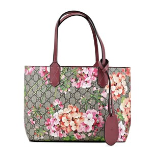 a23e871f85084c Gucci Blooms Small Reversible Supreme Canvas/ Leather Tote - Tradesy