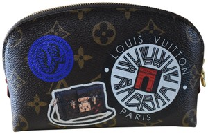 Louis Vuitton NEW in Box! Discontinued LE Monogram World Tour Cosmetic Pouch Bag