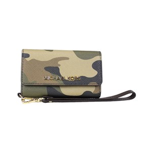 d462874b48ee Michael Kors Jet Set Travel Camouflage Saffiano Leather Phone Iphone 5