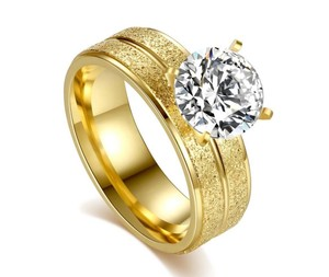 Yellow 18k Gold-plated 1.50 Ctw Princess Cut Solitaire Aaa Grade Cz Ring