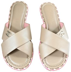 f977a3baeab Chanel Sandals - Up to 90% off at Tradesy