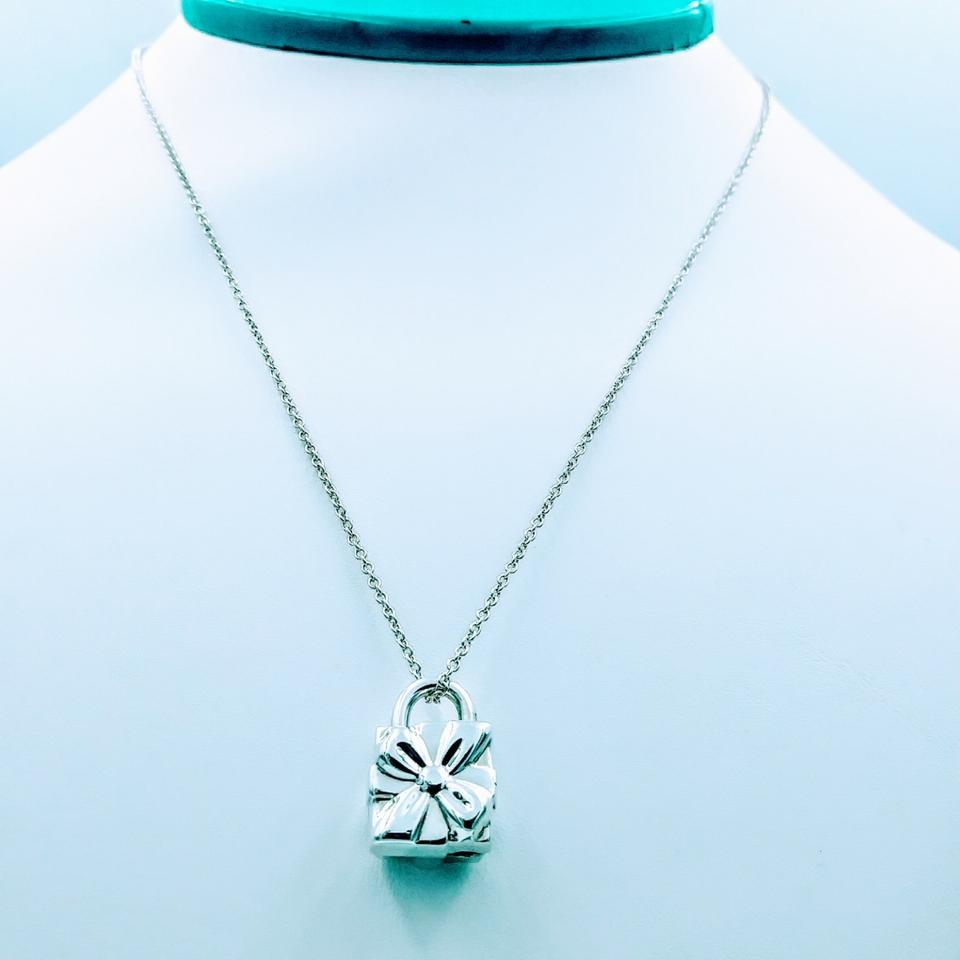 a86f7a35f2c18 Tiffany & Co. Box Gift Pudlock Pendant Sterling Silver Necklace 46% off  retail