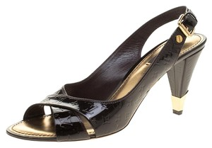 af4680829f7a5 Louis Vuitton Sandals - Up to 90% off at Tradesy