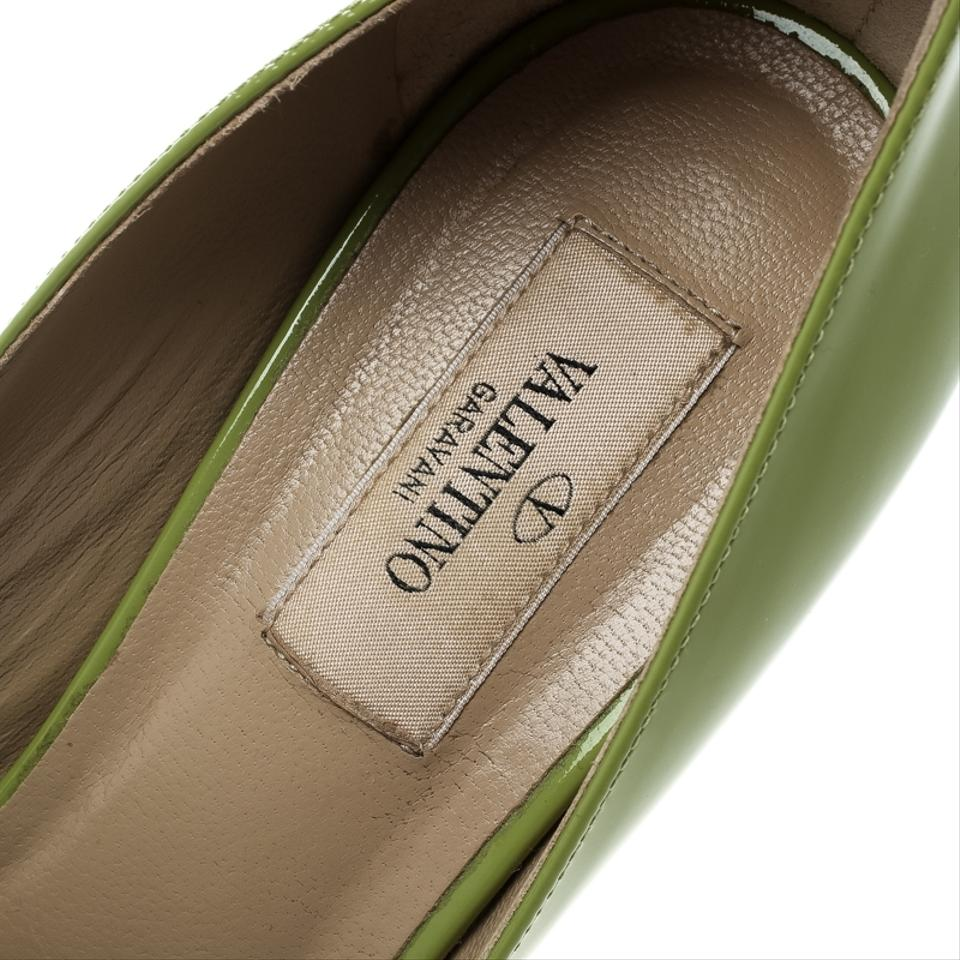 b15196a3d35 Valentino Patent Leather Peep Toe Leather Green Pumps Image 7. 12345678