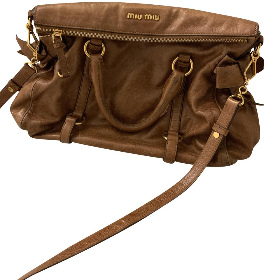 Miu Miu Vitello Lux Bow Brown Leather Cross Body Bag - Tradesy b47937d12adcf