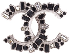 Chanel RARE CC silver textured hardware brooch pin charm