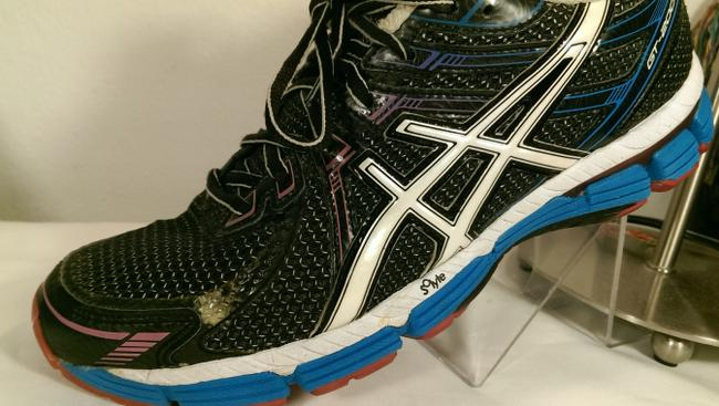 Asics Black White Blue Red Gel Gt-2000 Solyte Ahar Woman's Jogger Trainer Sneakers Size US 10 Regular (M, B) Asics Black White Blue Red Gel Gt-2000 Solyte Ahar Woman's Jogger Trainer Sneakers Size US 10 Regular (M, B) Image 5