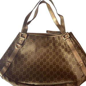 d5d73482577c Gold Gucci Bags - Up to 90% off at Tradesy (Page 4)