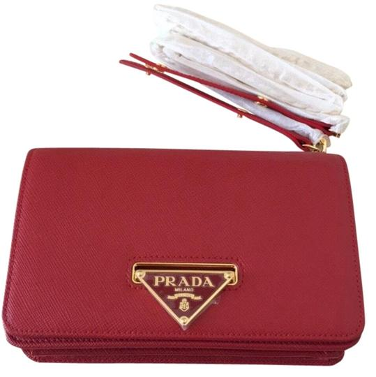 Preload https://img-static.tradesy.com/item/24740084/prada-lux-new-without-tag-red-leather-shoulder-bag-0-1-540-540.jpg
