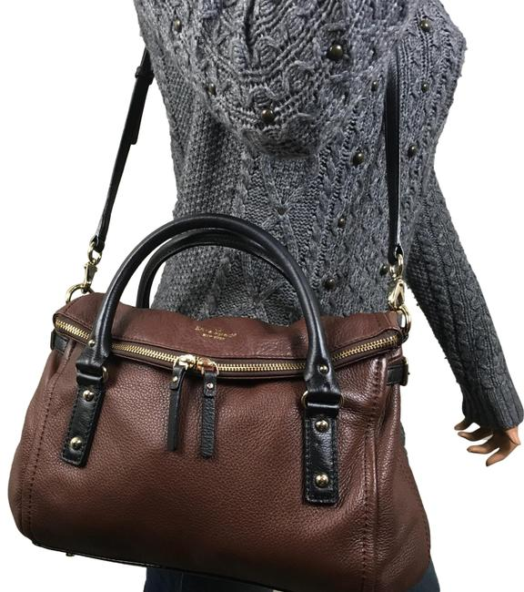 Item - Cobble Hill Small Leslie Rare Brown Black Leather Cross Body Bag
