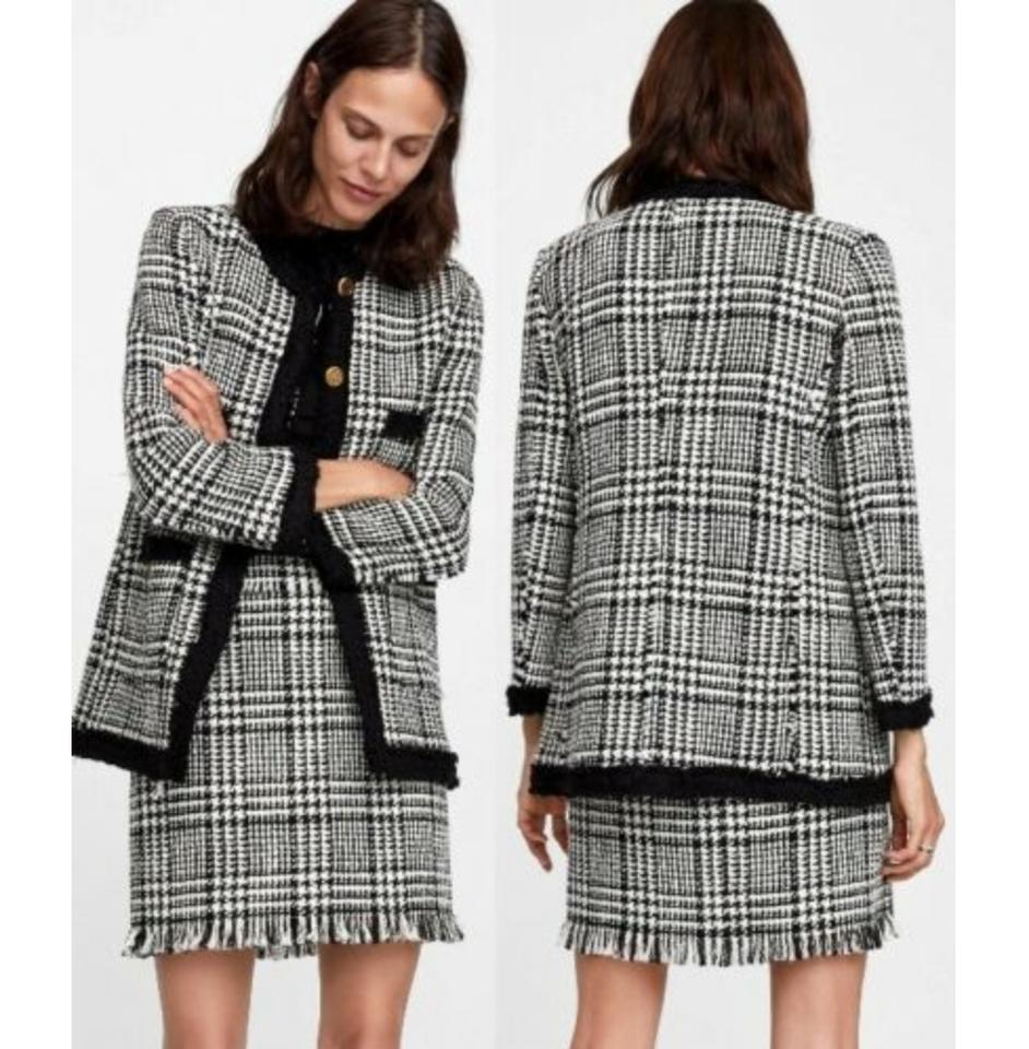 8b4a57bf Zara Black and White Gold Houndstooth Tweed Set Skirt Suit Size 4 (S) -  Tradesy