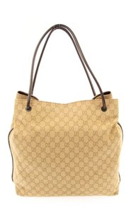 4e1f7cb2f55 Gucci Bags on Sale - Up to 70% off at Tradesy (Page 194)