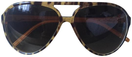 Preload https://img-static.tradesy.com/item/24742139/dolce-and-gabbana-sunglasses-0-1-540-540.jpg