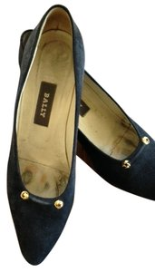 Bally Genuine Suede Gold Metal Trim Navy Blue Pumps