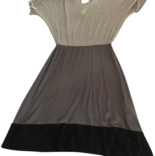 Preload https://img-static.tradesy.com/item/24742547/annalee-hope-grey-and-black-style-z5468-short-casual-dress-size-4-s-0-1-650-650.jpg