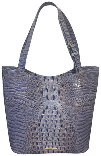 Preload https://img-static.tradesy.com/item/24742565/brahmin-popular-washed-indigo-brayden-tote-shoulder-bag-0-1-540-540.jpg