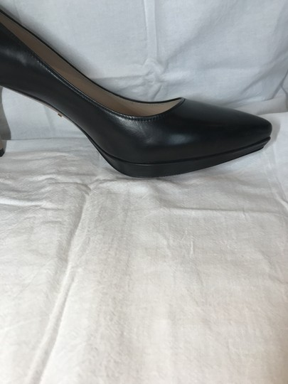 Prada Black Leather Pumps Image 4