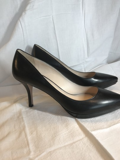 Prada Black Leather Pumps Image 5