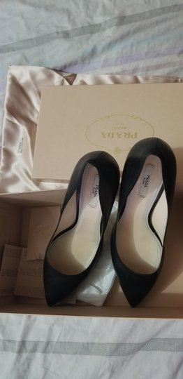 Prada Black Leather Pumps Image 9
