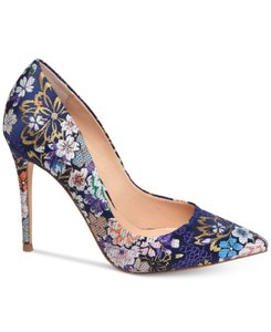 68b66f6727493 Steve Madden Purple Daisie Brocade Floral Pointed Toe Pumps Size US ...
