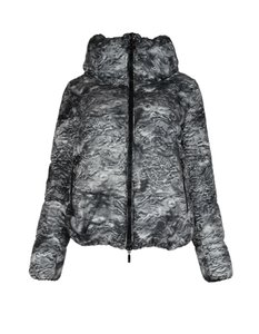 5a7a4ca09882 Moncler on Sale - Up to 70% off at Tradesy