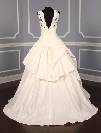 KENNETH POOL Ivory Alencon Lace / Silk Taffeta Ina K514 Formal Wedding Dress Size 8 (M) Image 5