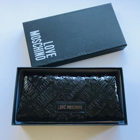 Love Moschino Love Moschino Embossed Logo Patent Leather Wallet Image 10