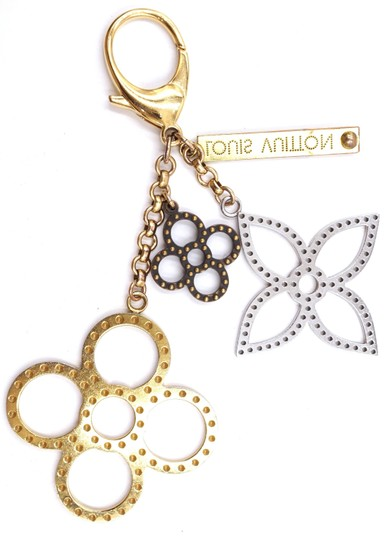 Louis Vuitton monogram large textured cutout gold key charms ring chain Image 4