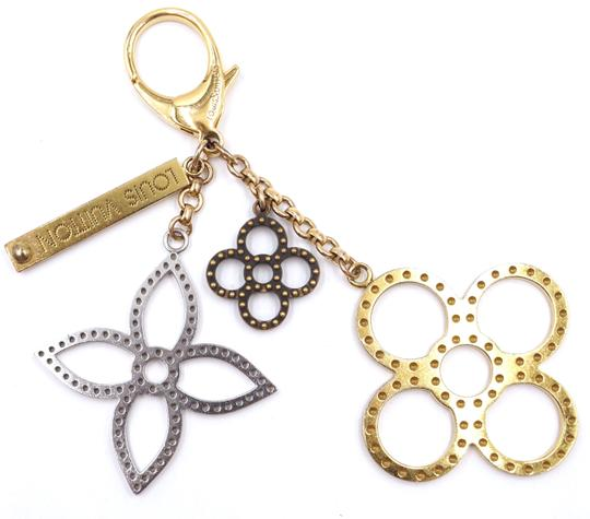Louis Vuitton monogram large textured cutout gold key charms ring chain Image 6