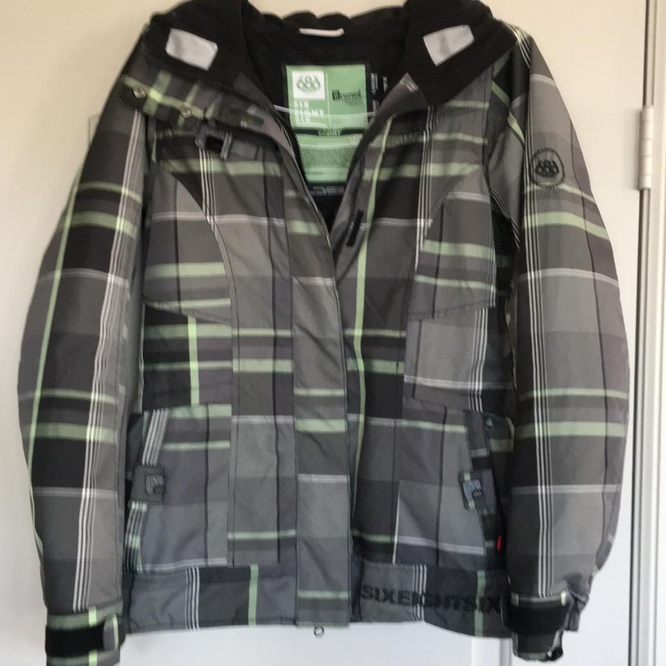 686 Black White Green Women s Jacket Coat Size 4 (S) - Tradesy b0ade5480