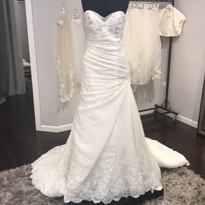 Sophia Tolli Ivory Y21439 Formal Wedding Dress Size 12 (L)