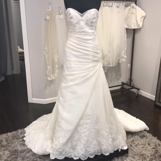 Preload https://img-static.tradesy.com/item/24743877/sophia-tolli-formal-wedding-dress-size-14-l-0-0-540-540.jpg