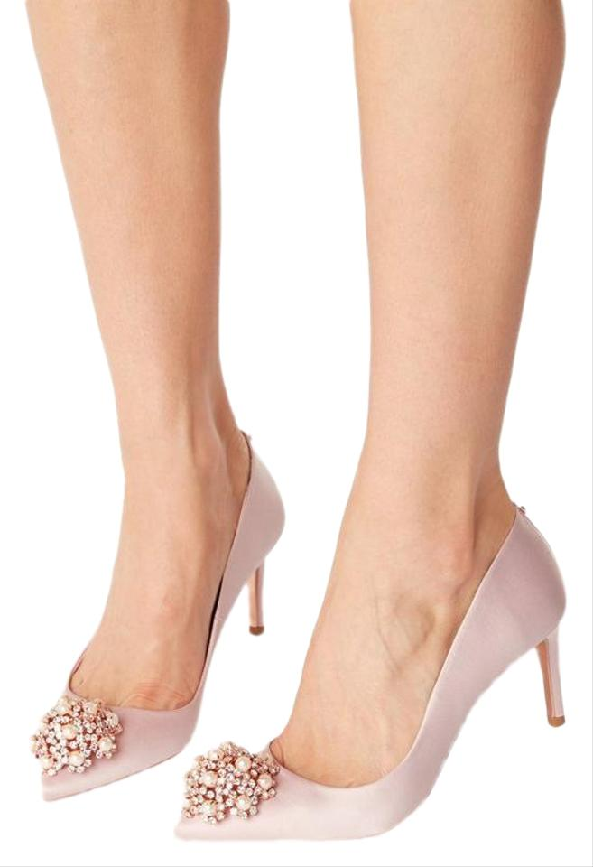 23a4593867c Ted Baker Crown Crochet Hangisi Bow Manolo Light Pink Pumps Image 0 ...