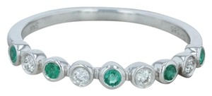 Other .19ctw Diamond & Emerald Ring - 14k Size 7 Bezel Stackable