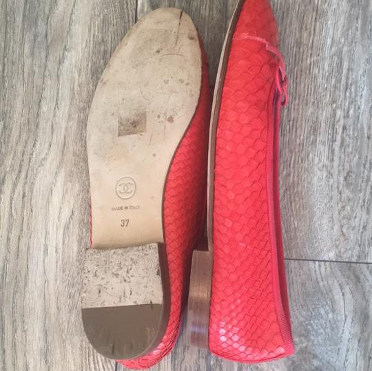 Chanel coral red Flats Image 4