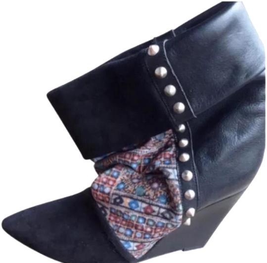 Preload https://img-static.tradesy.com/item/24744541/isabel-marant-black-leather-and-suede-kate-wedge-bootsbooties-size-us-8-regular-m-b-0-3-540-540.jpg