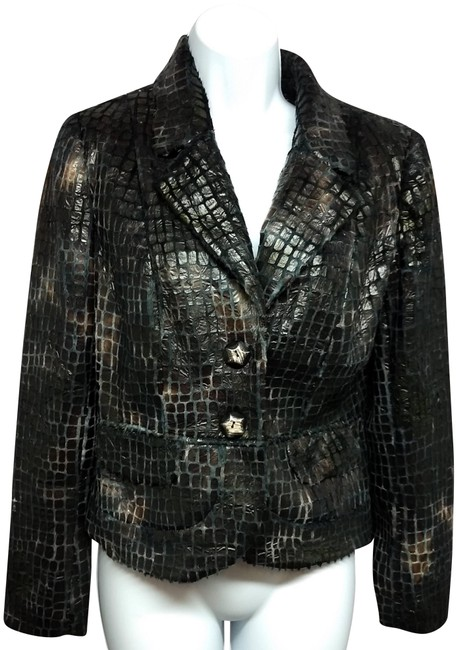 Preload https://img-static.tradesy.com/item/24744703/brown-animal-print-faux-leather-jacket-blazer-size-4-s-0-2-650-650.jpg
