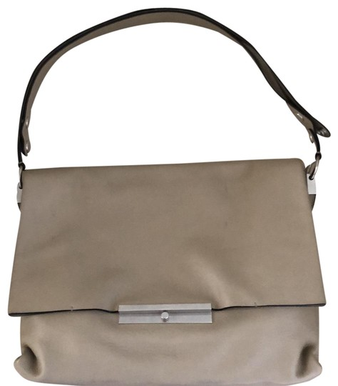 Preload https://img-static.tradesy.com/item/24744809/celine-edge-beige-shoulder-bag-0-1-540-540.jpg