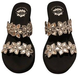 c5f66ce0d1a0e Yellow Box clear rhinestones with black sole Sandals