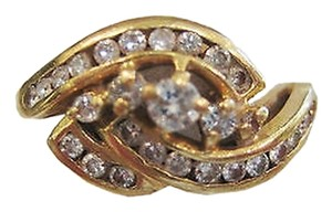 14k Yellow Gold Diamond Ladies Ring Size 6.25