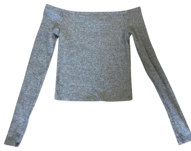 Item - Grey Off Shoulder Cropped Tee Shirt Size 0 (XS)