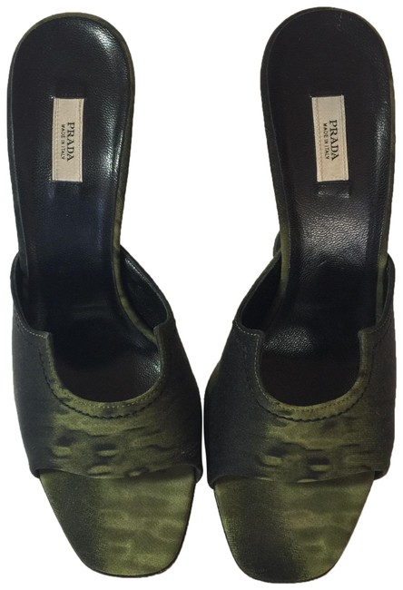 Item - Olive Green Silk Mules/Slides Size EU 37 (Approx. US 7) Regular (M, B)